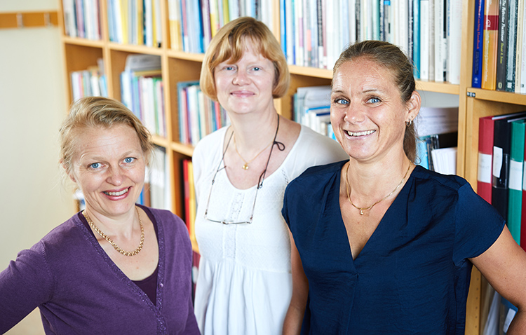 Sofia Kjellström (left) together with Associate Professor Ann-Christine Andersson och Kristina Areskoug-Josefsson, who will also be participating in the project. Photo: Patrik Svedberg